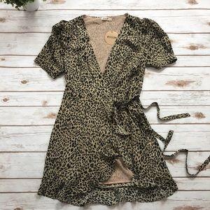 Essue Leopard Front tie Ruffle Dress